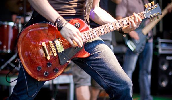 Guitarra elétrica é a marca registrada do rock