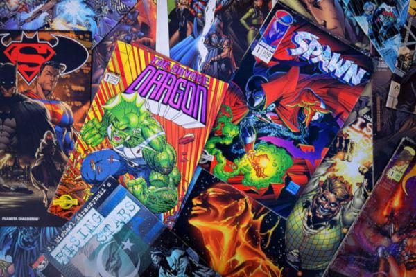 As histórias em quadrinhos atraem um grande número de leitores.