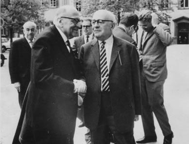 Horkheimer e Adorno: dois membros da Escola de Frankfurt