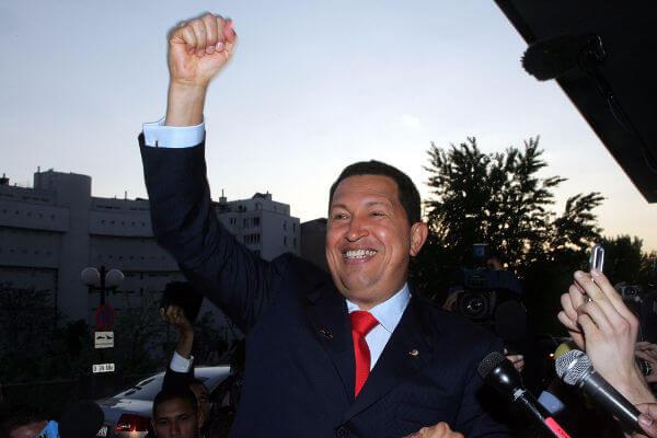 Hugo Chávez foi presidente da Venezuela entre 1999 e 2013.*