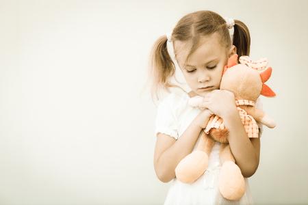 Isolamento: um dos sintomas comuns na depressão infantil