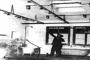 Judeus foram mortos em câmeras de gás contendo ácido cianídrico