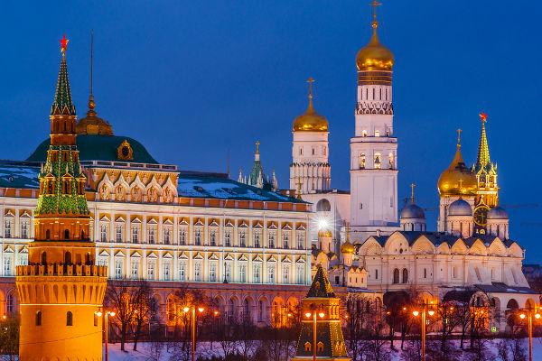 Kremlin, sede do governo e casa do presidente russo. Sua construção foi iniciada em 1156 por ordem de Yury Dolgoruky