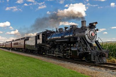Locomotivas a vapor são máquinas térmicas que utilizam o vapor de água aquecido pela queima de carvão mineral