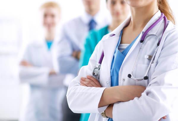 A medicina é uma área relacionada com a promoção da saúde.