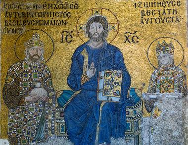 Mosaico com as imagens de Constantino VIII, Jesus e Zoé Porfirogênita