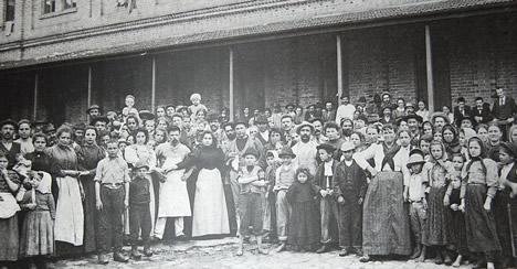 Muitos imigrantes europeus vieram para o Brasil com promessas de adquirirem terras.