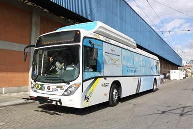 Ônibus brasileiro movido a hidrogênio