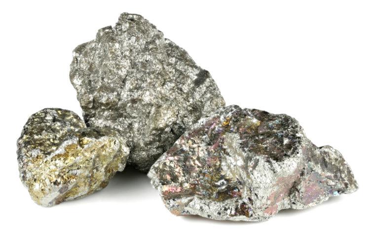 Nióbio: utilizado na produção de supercondutores.