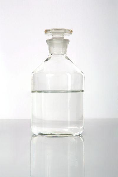 O álcool hidratado é uma mistura homogênea e azeotrópica