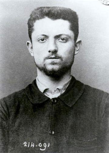 O anarquista francês Émile Henry ficou conhecido por seus atentados terroristas em Paris, na década de 1890
