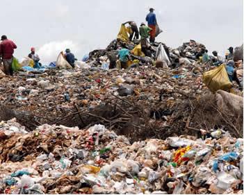 O biogás é um recurso energético que reaproveita os gases produzidos em lixões e que iriam poluir o meio ambiente