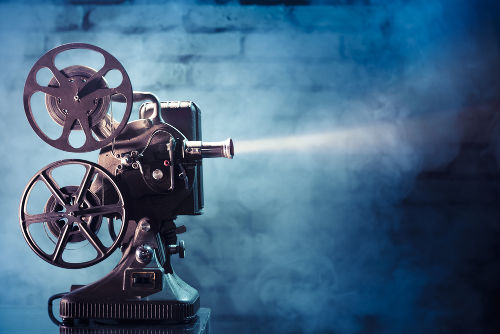 O cinema é uma importante ferramenta que auxilia o professor de História em sala de aula