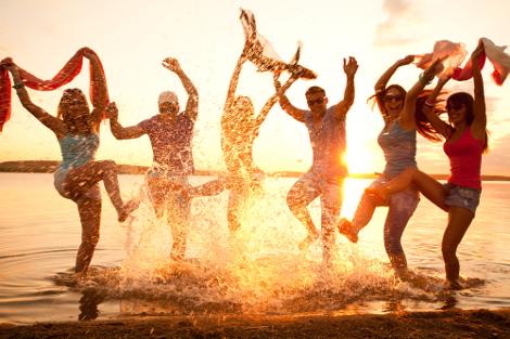 O Dia da Amizade é comemorado no mês de férias escolares