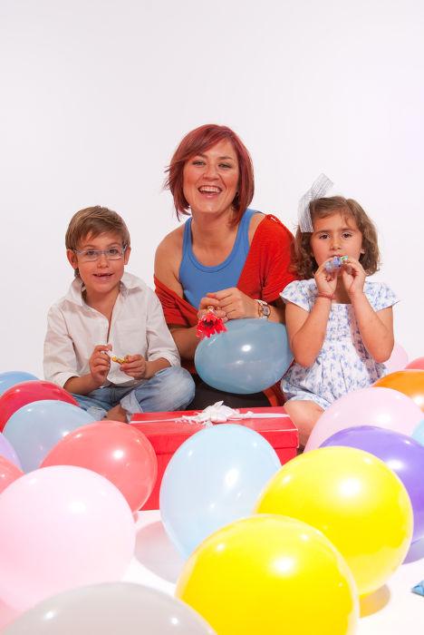 O estudo de ligações químicas pode ser favorecido com a utilização de balões