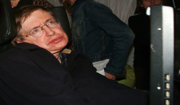 O físico britânico Stephen Hawking sofria de Esclerose Lateral Amiotrófica*