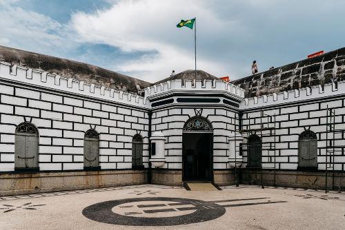 O Forte de Copacabana, no Rio de Janeiro, foi palco da primeira revolta tenentista na década de 1920*