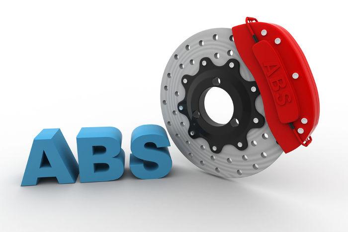 O freio ABS evita o travamento das rodas e por isso proporciona mais segurança que o freio convencional