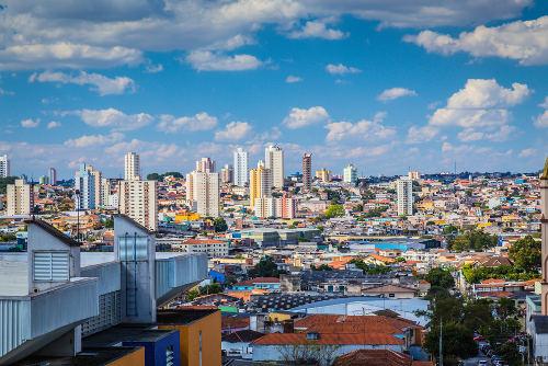 O IBGE realiza o ordenamento e a classificação das metrópoles e demais aglomerados urbanos