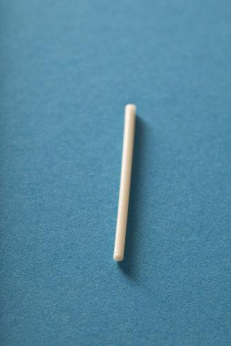 O implante contraceptivo é colocado sob a pele