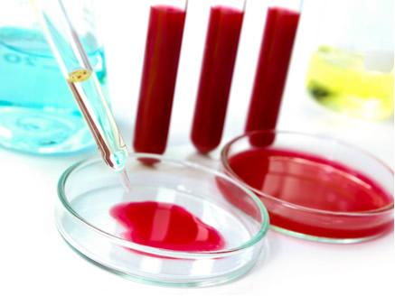 O pH fisiológico (normal) do sangue humano deve ficar entre 7,35 e 7,45