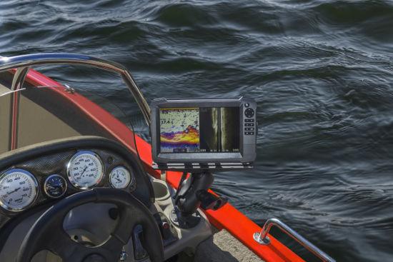 O sonar de pesca capta o eco das ondas que atingiram um peixe ou um cardume