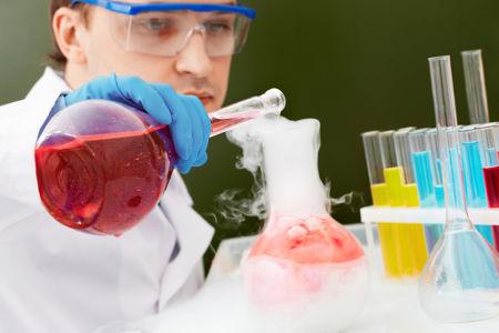 Os cloretos de ácido são muito utilizados nas produções de novos compostos orgânicos