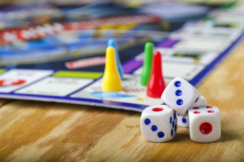 Os jogos pedagógicos são ferramentas de ensino que enriquecem o processo de aprendizagem