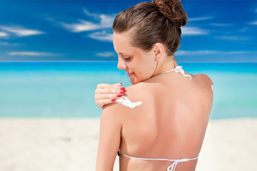 Os protetores solares podem evitar, por exemplo, o surgimento de um câncer de pele