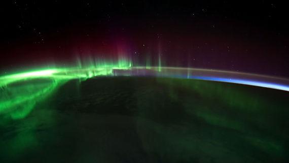 Os ventos solares são os responsáveis pelos fenômenos conhecidos como auroras boreais