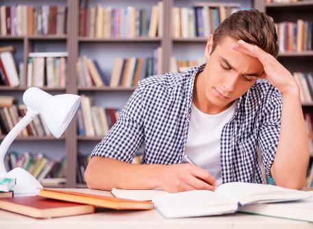 Para manter a concentração é preciso escolher um bom ambiente de estudo