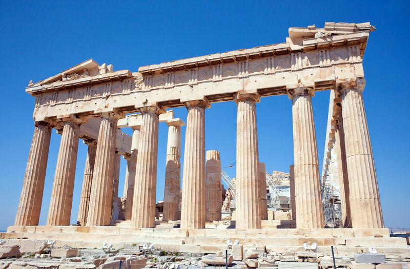 Parthenon na acrópole de Atenas, um dos principais símbolos da Grécia Antiga