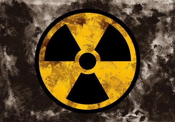 A radioatividade é a capacidade de alguns elementos de emitir energia na forma de partículas ou radiação eletromagnética.