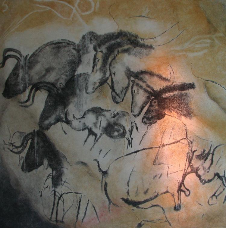 Réplica de pintura na caverna de Chauvet, cujo original remete-se ao período final do Paleolítico