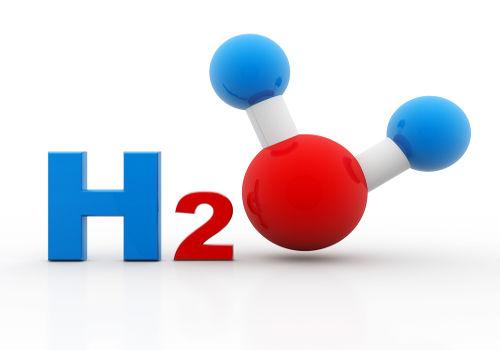 Representação da molécula de água, substância que decompõe uma substância na hidrólise.