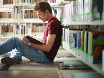 Saiba o que estudar em inglês para o Enem ficando por dentro dos conteúdos que mais caem nas provas!