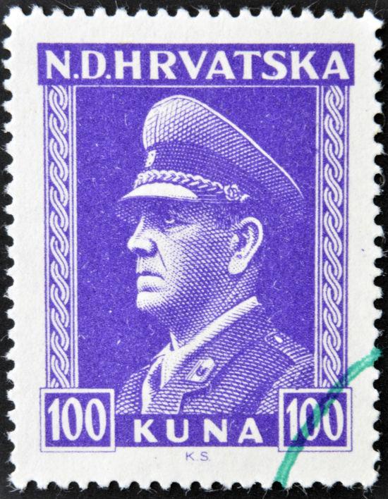 Selo croata de 1943 estampa o rosto do líder do Ustasha, Ante Pavelic *