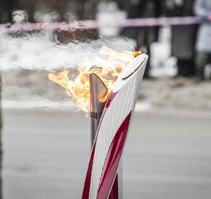 Simbolismo cultural e histórico está por trás do uso da tocha olímpica