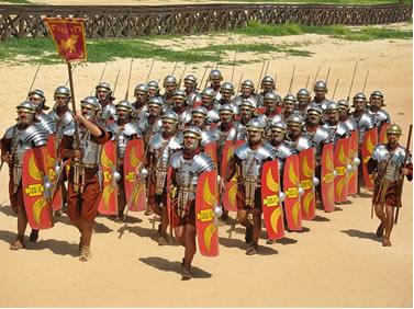 Os soldados romanos ingeriam, em pequenos goles, uma mistura de ácido acético de vinho azedo durante suas marchas