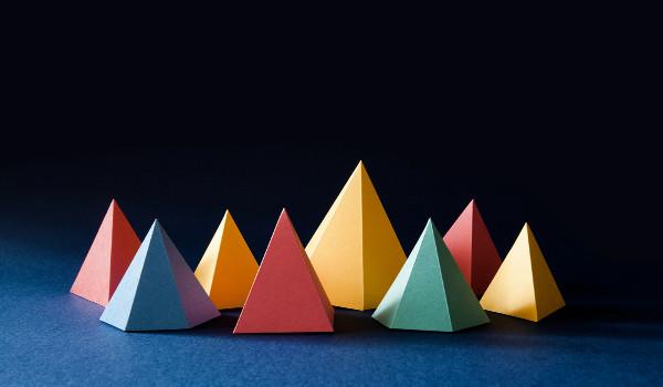 Sólidos geométricos: figuras geométricas tridimensionais