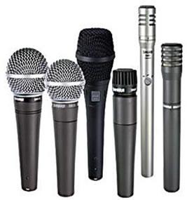 Tamanhos e formatos diferentes de microfone.