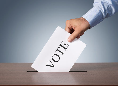 Tanto o sistema presidencialista quanto o semipresidencialista e o parlamentarista defendem a democracia