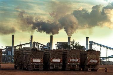 Usina produtora de etanol no Mato Grosso. Um retrato da desconcentração industrial no Brasil *