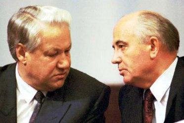 Yeltsin e Gorbatchev conduziram o processo de abertura política e econômica da União Soviética
