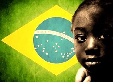 O Hino à Negritude valoriza a contribuição do negro na formação de nossa sociedade