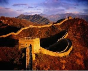 Nem mesmo a Muralha da China evitou que o país fosse invadido e explorado pelos europeus
