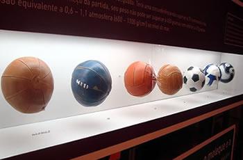 Bola de futebol  do capotão ao poliuretano - Brasil Escola d3a5ebc542f03