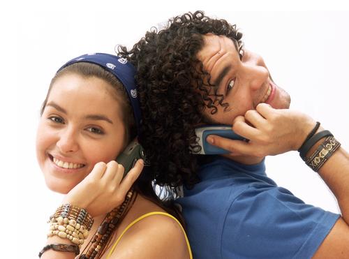 O celular tira o sono de jovens