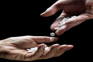 Droga sintéticas em forma de pílula