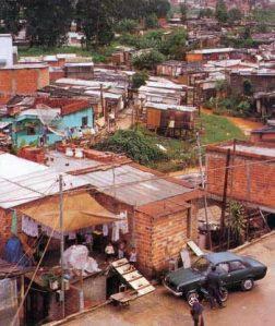 Bairro formado a partir da urbanização desordenada